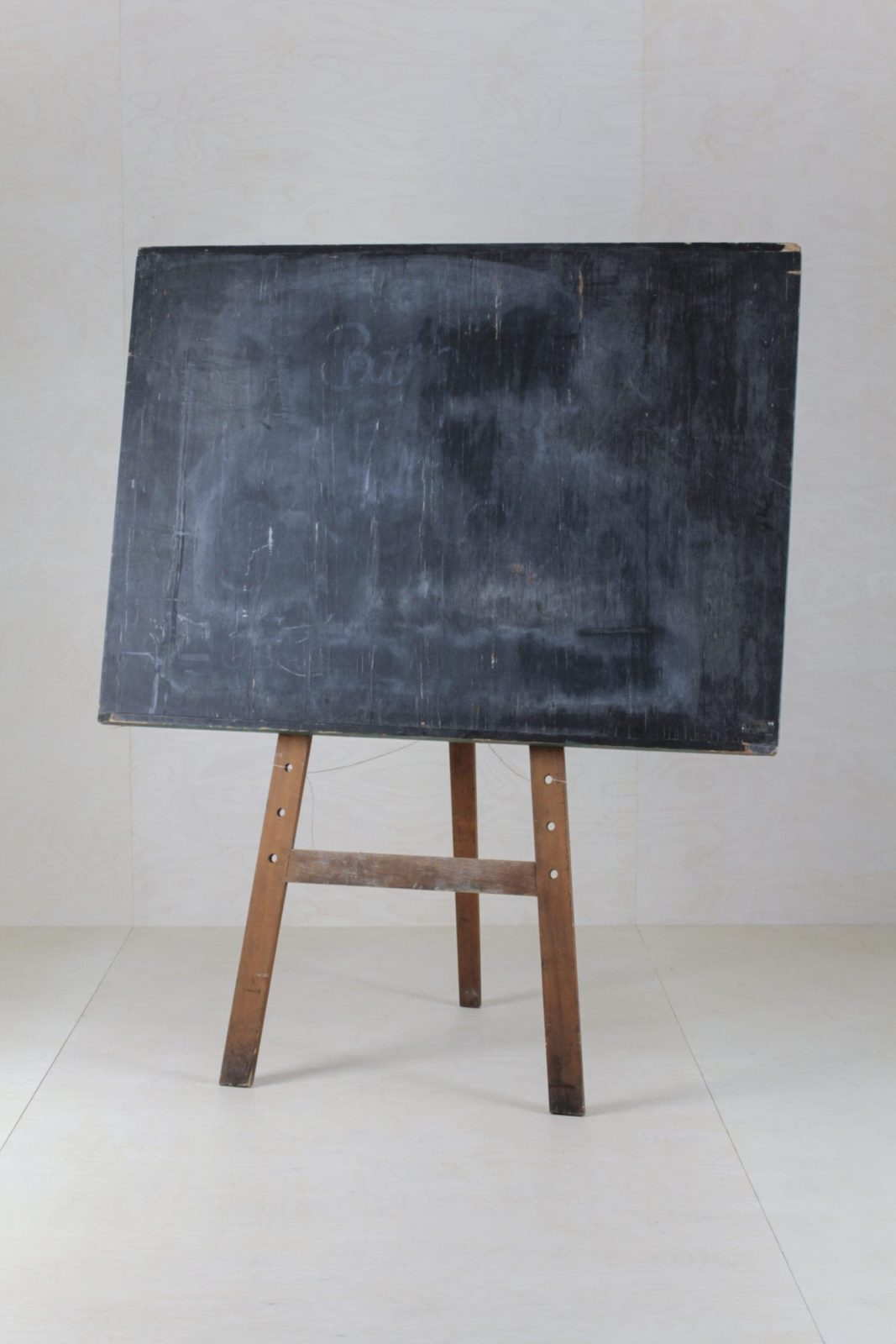 Blackboard Tomas   Our old school black board can be used for all sorts of creations.   gotvintage Rental & Event Design