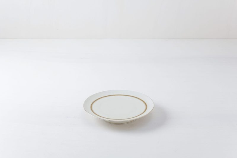 cake plates, cake stands for rent, catering equipment, event accessories