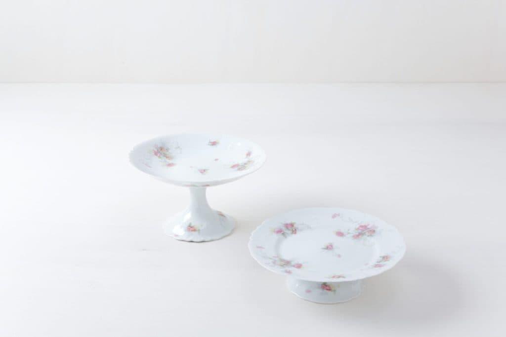Cake Stand Set Noa Floral | Set of two matching cake stands. | gotvintage Rental & Event Design