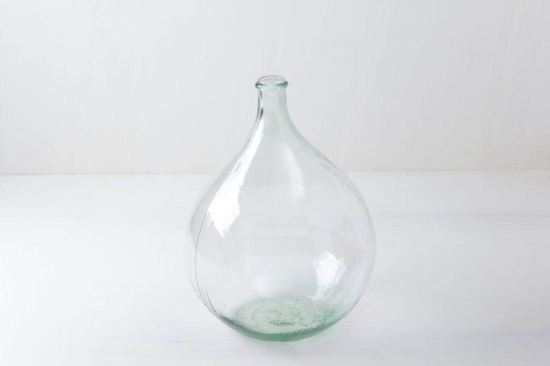 Glassware, vases, glass balloon & bottles for rent