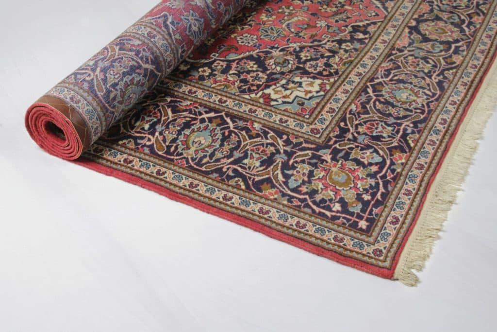 Carpet Abita | Oriental carpet with beautiful ornaments. | gotvintage Rental & Event Design