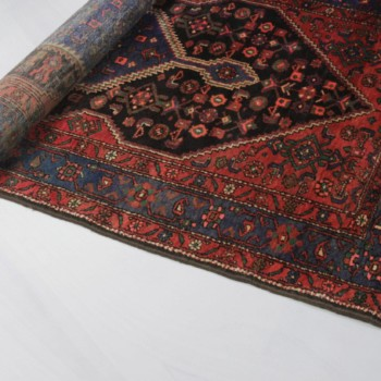 Carpet Clarissa | Gorgeous oriental rug. | gotvintage Rental & Event Design