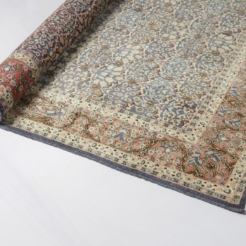 Rent oriental carpet for Boho decoration