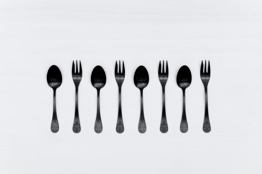 Kuchengabel Natalio Schwarz Matt PVD | Feines matt schwarzes Edelstahl Besteck, PVD beschichtet, schöne Haptik.Dazu passend gibt es auch die Tortenheber. | gotvintage Rental & Event Design