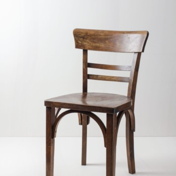 Frankfurter Chair Manuel | Comfortable chair in natural wood and nice patina. | gotvintage Rental & Event Design