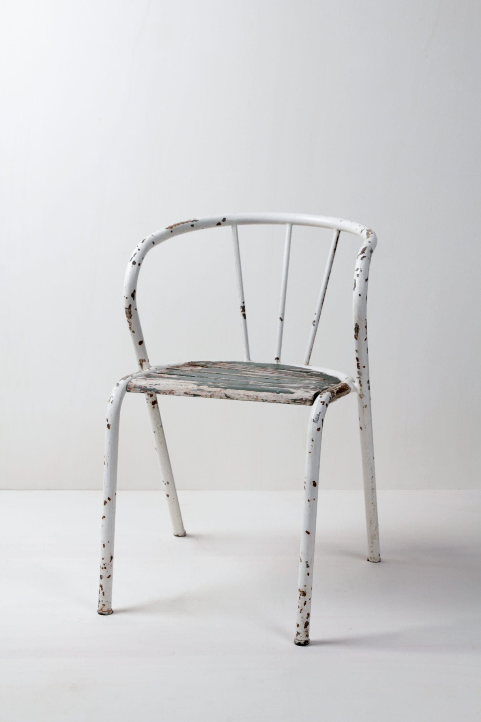 Tische, Stühle mieten für Events, Möbelstücke mieten in Berlin