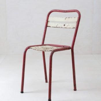 Gartenstuhl Belinda Beige | Tolix T2 Industrie-Charme zum Sitzen, in Rot oder Creme. | gotvintage Rental & Event Design