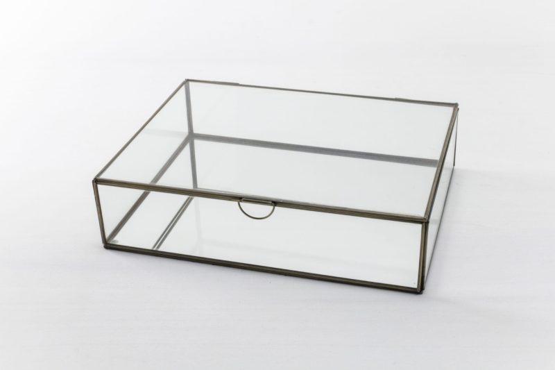 Glass case, glassware decoration, accessories, rent, product presentation