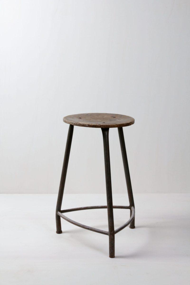 Metal stools, wedding decoration, event seating, stool rental, Berlin