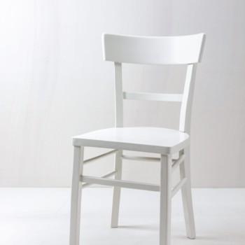 Seidenmatt weiß lackierte Stühle mieten