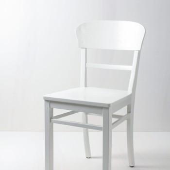 Küchenstuhl Francisca | Frankfurter Stuhl, seidenmatt weiß lackiert. | gotvintage Rental & Event Design