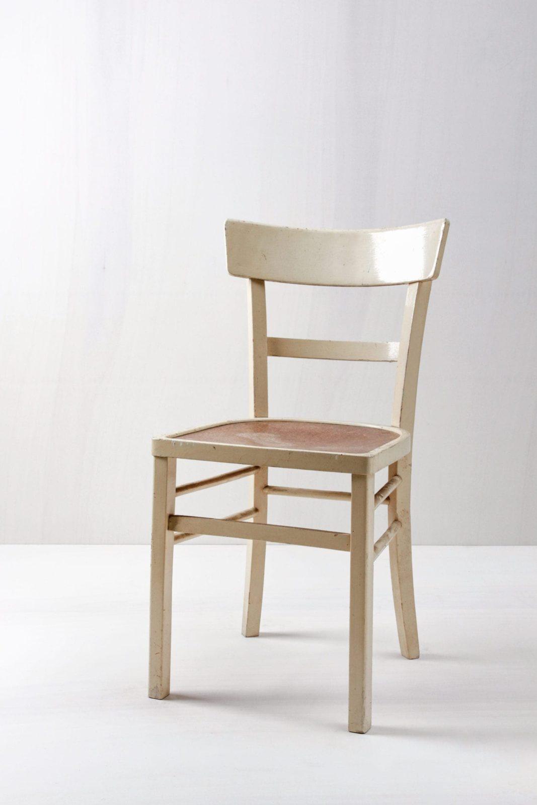 Kitchen Chair Soledad | Wonderful vintage chair, cream-colored finish. | gotvintage Rental & Event Design