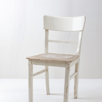 Chairs in Shabby Chic Look for rent