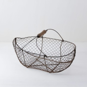 Metal basket, decorate, scatter flowers, wedding decoration, rental