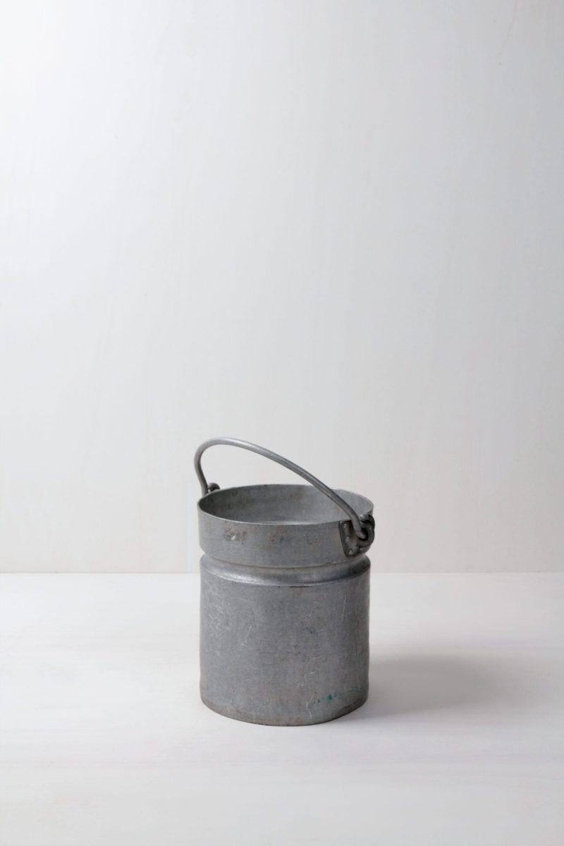 metal buckets, metal tubs, metal chairs, metal tables for rent