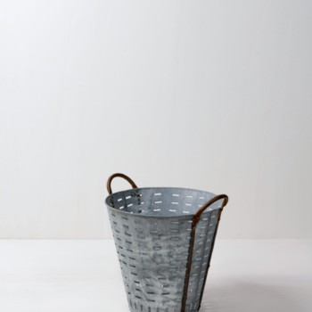 metal bucket, olive bucket, vintage decoration, rental, Berlin, Hamburg, Cologne