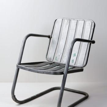 Metallstuhl Horacio | Toller Stuhl aus Metall. Sehr bequem durch den tiefen Sitz und die Armlehnen. Gut geeignet zur Dekoration, zum Sitzen und  Entspannen. | gotvintage Rental & Event Design