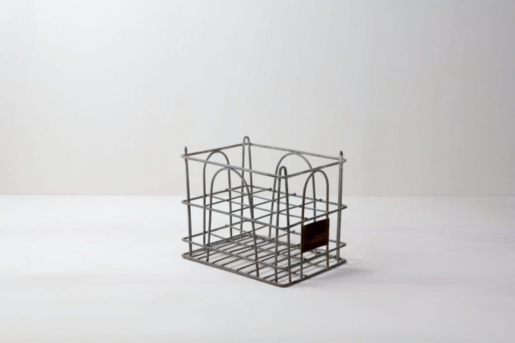 Metal Milk Crate Isidoro | Vintage milk crates. Very nice for creating a room divider or a wall with lot of space for decoration. | gotvintage Rental & Event Design