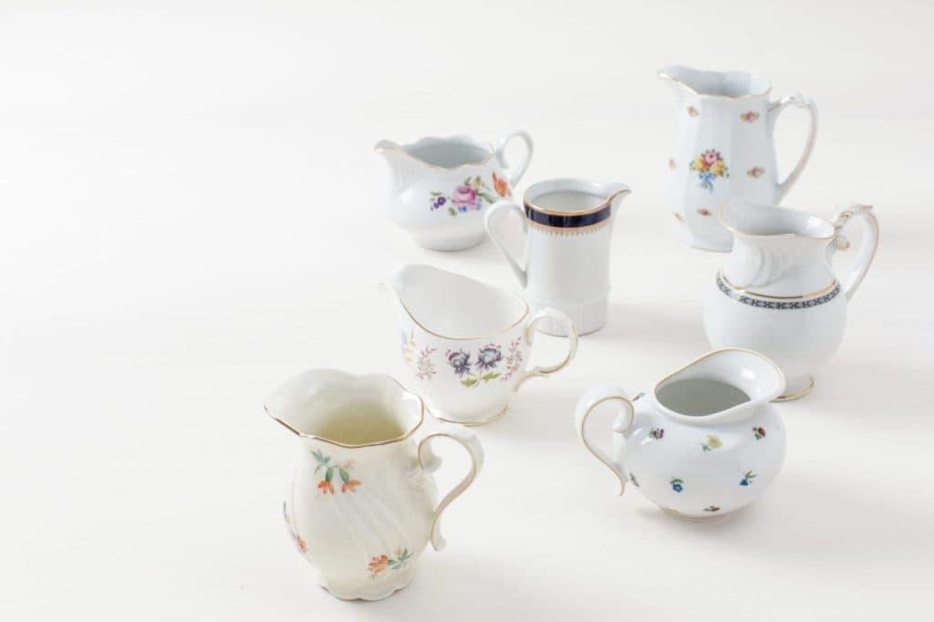 Milchkännchen Carmen Mismatching Floral | Vintage, unterschiedliche Größen, verschiedene Farben und Formen. | gotvintage Rental & Event Design