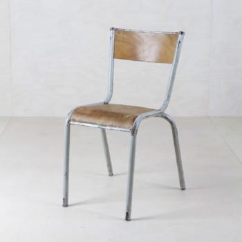 Vintage Metallstühle mieten
