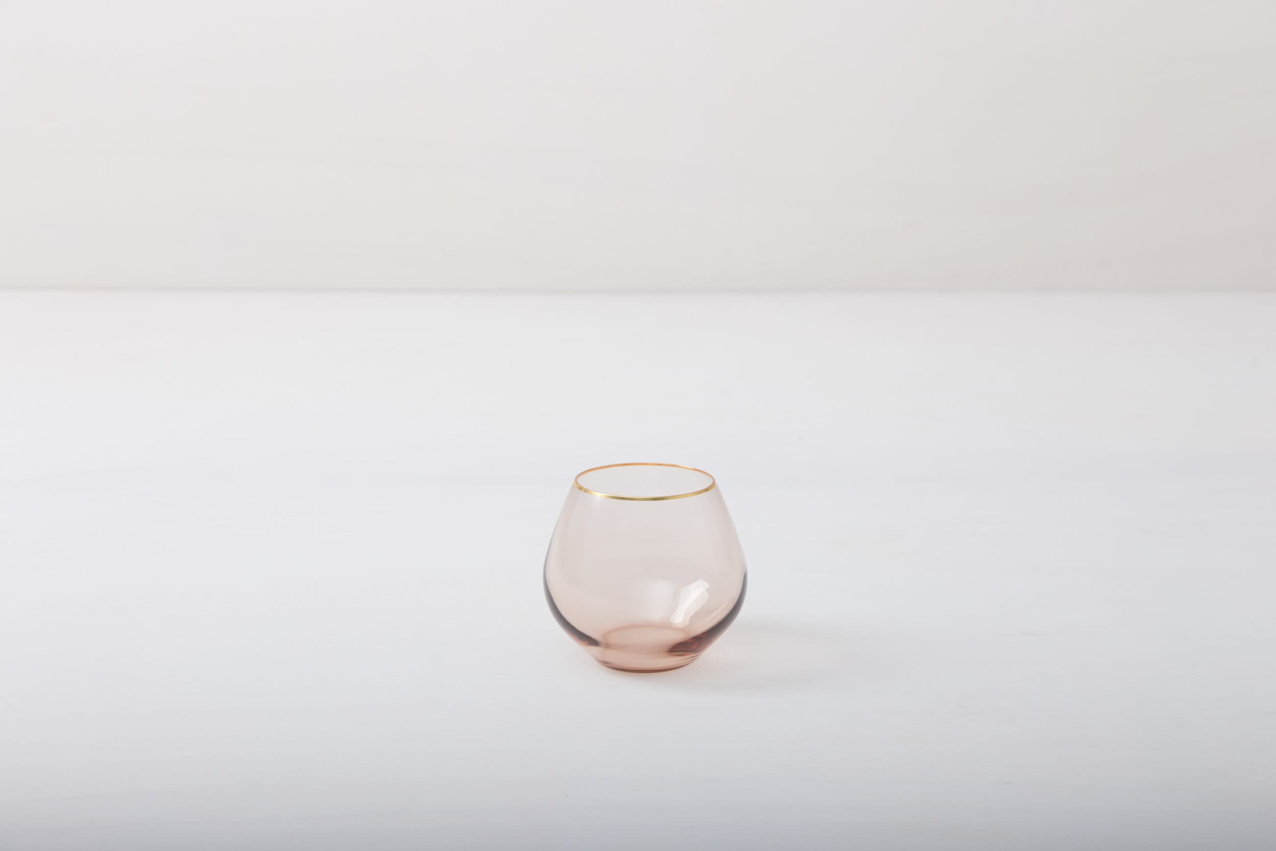 Miete rosa gefärbte Gläser, Glassware, Goldrand