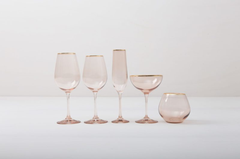 Rent wine glass with gold rim