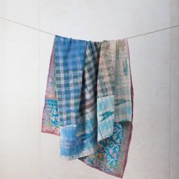 Stylische Decken und Kissen mieten