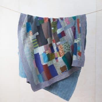 Decke Paraiso | Vintage Stoffe in neue Form gebracht sind diese Baumwolldecken zum Warmhalten bei einem einem Picknick oder als Sitzunterlage für die Wiese. | gotvintage Rental & Event Design