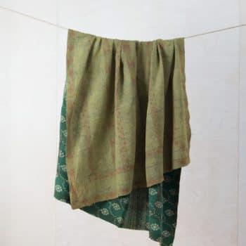 Decke Pocitos | Vintage Stoffe in neue Form gebracht sind diese Baumwolldecken zum Warmhalten bei einem einem Picknick oder als Sitzunterlage für die Wiese. | gotvintage Rental & Event Design