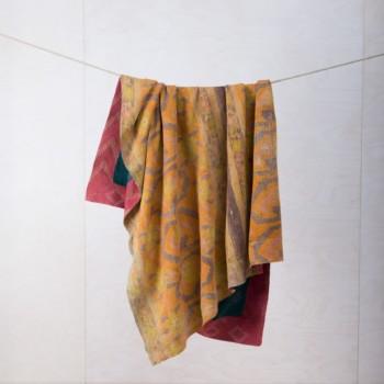 Decke Pompeya | Vintage Stoffe in neue Form gebracht sind diese Baumwolldecken zum Warmhalten bei einem einem Picknick oder als Sitzunterlage für die Wiese. | gotvintage Rental & Event Design