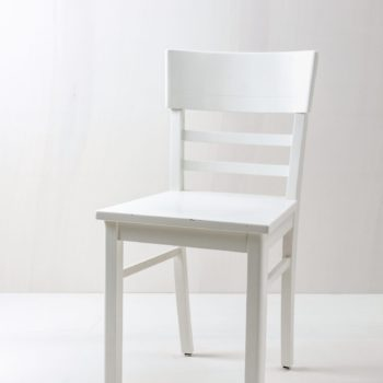 Kitchen Chair Clara | Vintage kitchen chair, semi-gloss white finish. | gotvintage Rental & Event Design