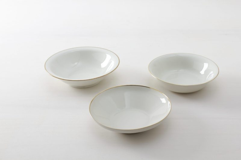 serving bowl,gold rim, vintage tableware for rent, Berlin