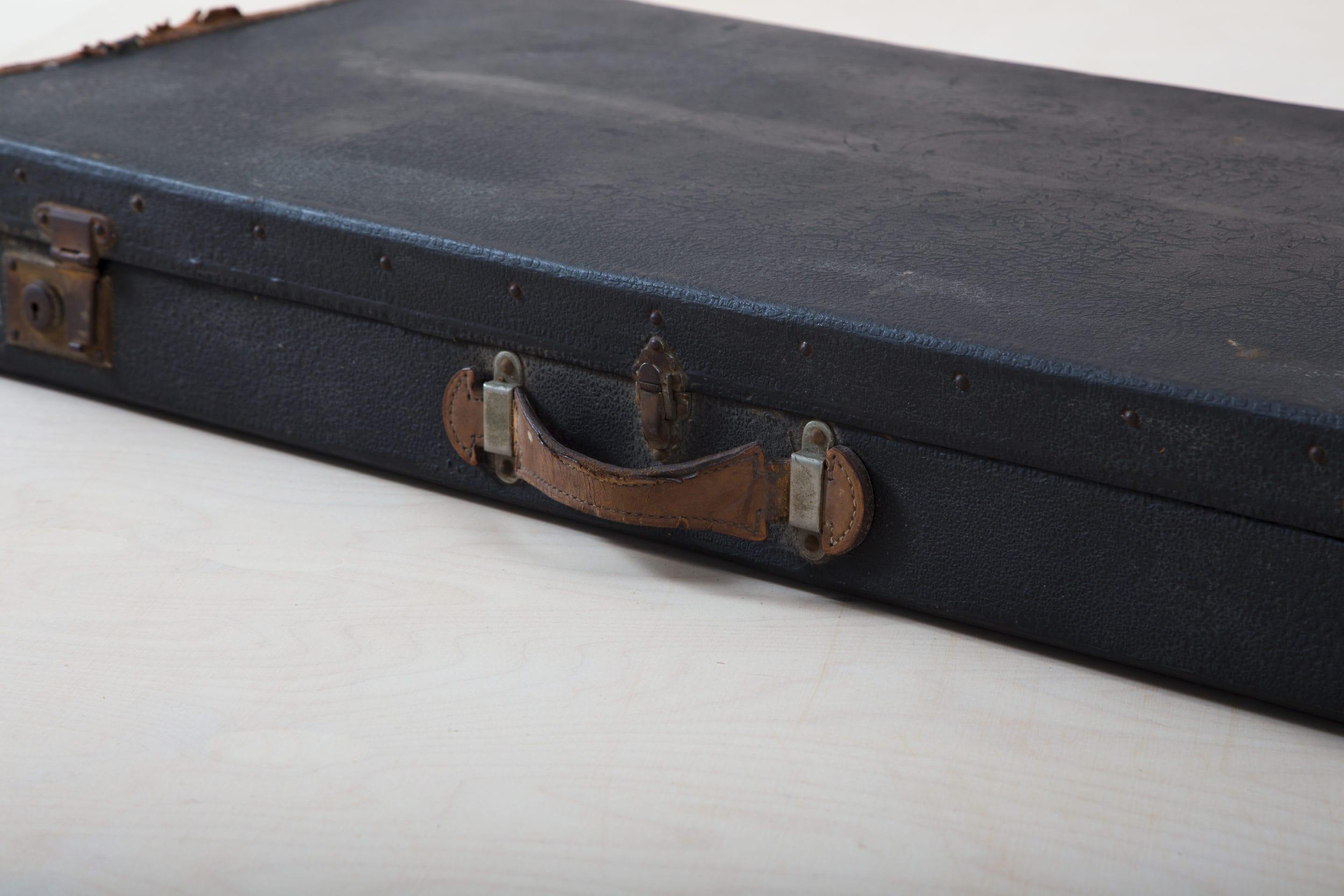 Antik, rustikal, Koffer mieten Berlin