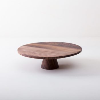 Cake Stand Leonor L | The noble wooden cake stands Leonor in Wabi-Sabi style are perfect for presenting and serving cakes, cupcakes, sushi and other specialties. They are made of selected walnut wood and coated with beeswax, naturally food safe. This cake stand is available in different sizes and also as the same model Alba from original terracotta, this is covered with shiny lacquer. They can be wonderfully combined and varied. | gotvintage Rental & Event Design