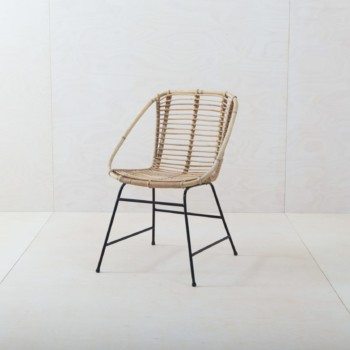 Korbstuhl Frontera | Dieser filigrane Korbstuhl aus Bambusgeflecht ist ein Blickfang, ob in der Lounge oder als Gartendekoration.Zusammen mit dem Korbstuhl Esquina ergibt sich ein wunderschönes Ensemble. | gotvintage Rental & Event Design