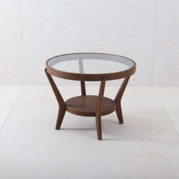 Side Table Nogalito | This art déco Halabala style side table will complement any lounge or meeting area. The round table consists of an elegant wooden frame with inlaid glass top and wooden subfloor. We also offer our lovingly restored Halabala club chairs in various colours and the side tables Paredes and Miraflores. | gotvintage Rental & Event Design