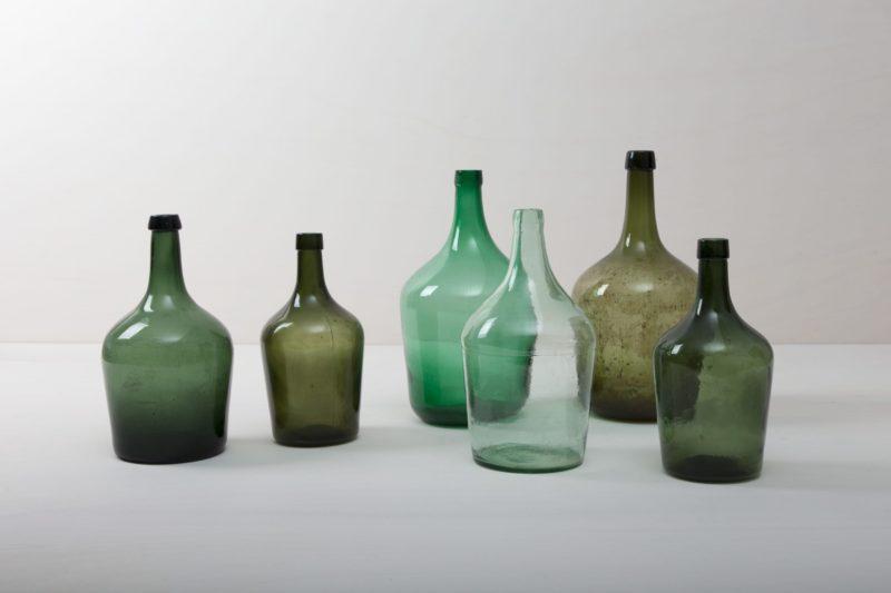 demijohn, balloon vase, floor vase to rent