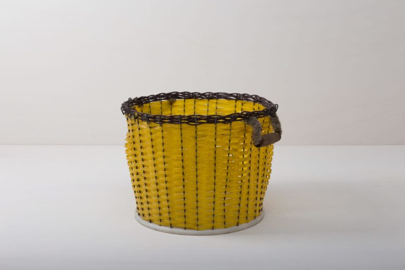 Basket Sucha | Very nice basket in rich yellow colour with a woven rattan rim. It is suitable to offer cushions or blankets at events, for product presentations at the exhibition stand, your event styling or for floral decoration at the wedding celebration.