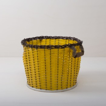 Basket Sucha | Sucha is a very nice basket in rich yellow with a braided rattan edge. The basket is ideal for offering pillows or blankets during an event, for product presentations, for your event styling or flower decoration.Sucha basket can wonderfully be rented and combined together with our other Senda and Salta baskets. | gotvintage Rental & Event Design