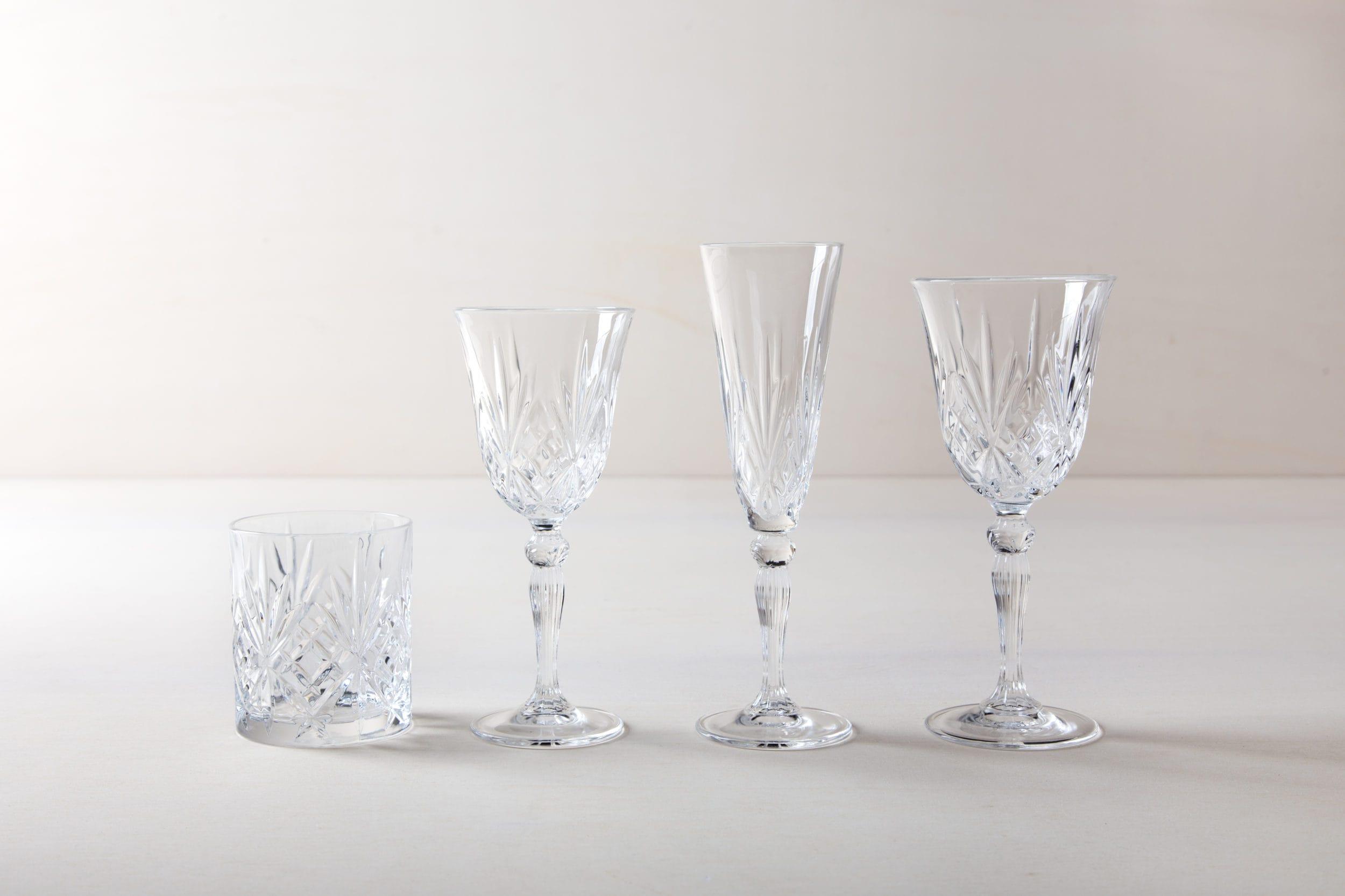 Vintage Gläser mieten, Hochzeitstafel