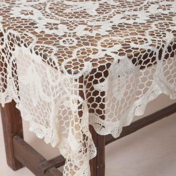 Rustic tablecloth with crochet pattern, rent, wedding table
