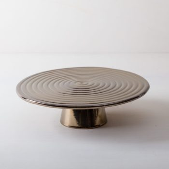 Cake Stand Alba Platinum L | The high-quality food stands Alba are ideal for presenting and serving cakes, cupcakes, tapas and other delicacies on the table or at the modern buffet. They were made of high quality terracotta and covered with shiny lacquer, of course, food safe. This cake stand or fruit tray is available in different sizes and also as the same model Leonor from selected walnut wood. They can be wonderfully combined and varied. | gotvintage Rental & Event Design