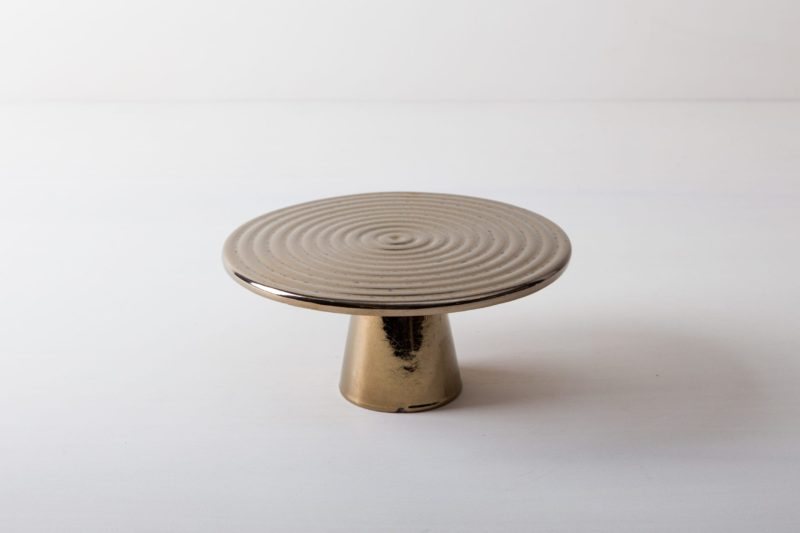 Cake Stand Alba Platinum M   The high-quality food stands Alba are ideal for presenting and serving cakes, cupcakes, tapas and other delicacies on the table or at the modern buffet. They were made of high quality terracotta and covered with shiny lacquer, of course, food safe. This cake stand or fruit tray is available in different sizes and also as the same model Leonor from selected walnut wood. They can be wonderfully combined and varied.   gotvintage Rental & Event Design