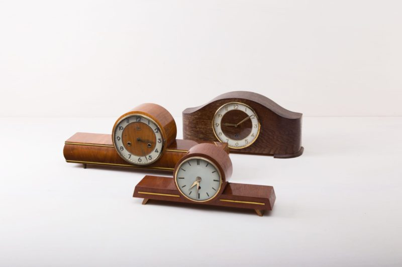 vintage fireplace clock, wedding decoration, boho, rent, Hamburg, Berlin, Cologne