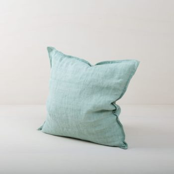 Pillow Cosme Linen Light Green 50x50 | Beautiful light green colored cushion made of stone-washed linen. The linen fabric is pre-washed and has this modern look of stone washed linen and is also very soft. The cushions in different colours from our rental catalogue can be very well combined with each other. With the Cosme linen cushions you can decorate events, sofas or lounges in no time at all. The zipper on these linen cushions is concealed sewn, which makes each side of the linen cushions the equally decorative. We love the natural and at the same time rustic look of stone washed linen and the combination with other colours and shapes very much. | gotvintage Rental & Event Design