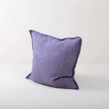 Pillow Cosme Linen Purple 50x50 | Beautiful purple colored cushion made of stone-washed linen. The linen fabric is pre-washed and has this modern look of stone washed linen and is also very soft. The cushions in different colours from our rental catalogue can be very well combined with each other. With the Cosme linen cushions you can decorate events, sofas or lounges in no time at all. The zipper on these linen cushions is concealed sewn, which makes each side of the linen cushions the equally decorative. We love the natural and at the same time rustic look of stone washed linen and the combination with other colours and shapes very much. | gotvintage Rental & Event Design