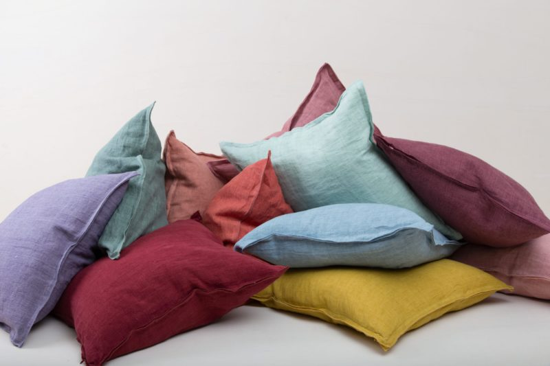 Rent soft cushions, linen, Berlin, Hamburg, Cologne