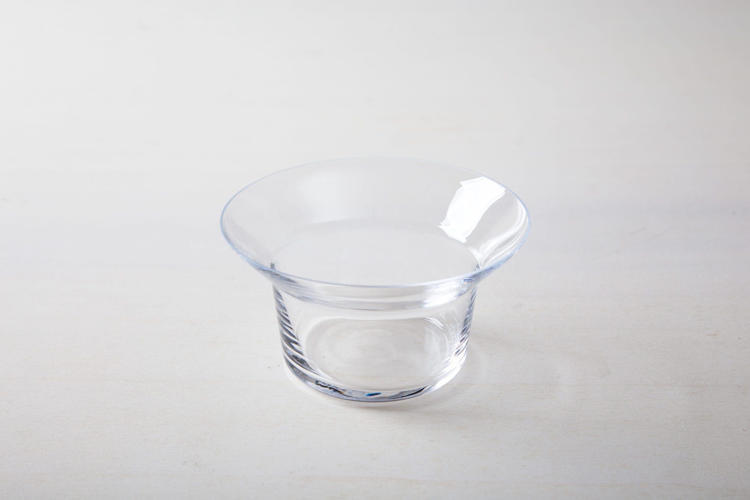 Schlichter Teelichthalter aus klarem Glas leihen Berlin