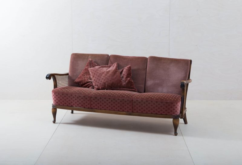 rental furniture, armchairs, sofas, chairs in Berlin