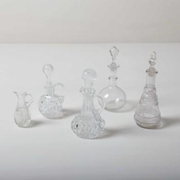 Kleine Essig-Öl Kristallkaraffen, wunderbar für kleine Blumendeko geeignet